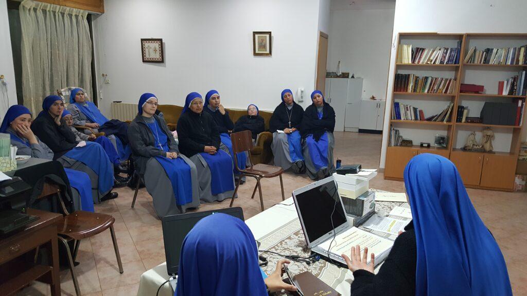 """اجتماع التنشئة الشهري في اقليم """"مريم العذراء ام الاوجاع"""""""