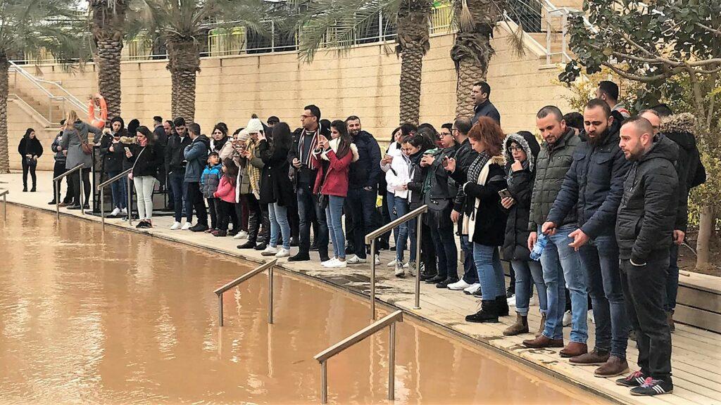 رحلة حج لعائلات غزة إلى الأماكن المقدسة في فلسطين