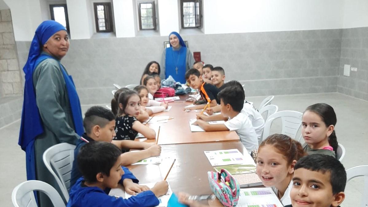 Inicio de las actividades de la escuela dominical en Jafo – Israel