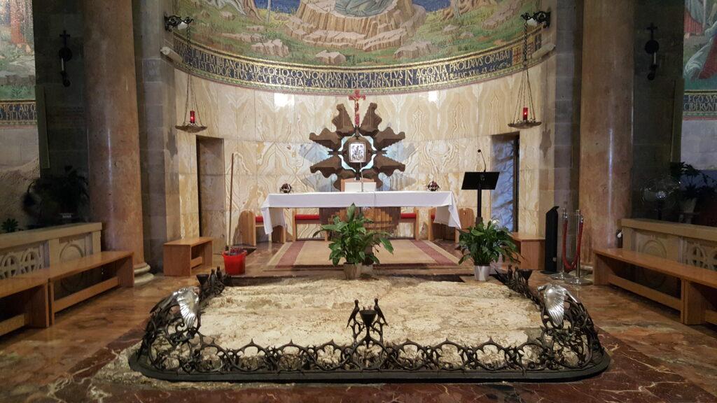 زيارة الى الجسمانية والقبر المقدس